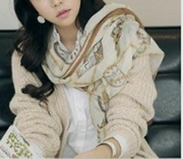 Picture of SOFT & LIGHT COLORS SCARF
